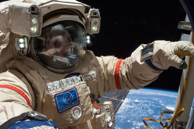 GAO: Aggressive Schedules, Programmatic Risks Could Delay ISS Crew Transportation Certification