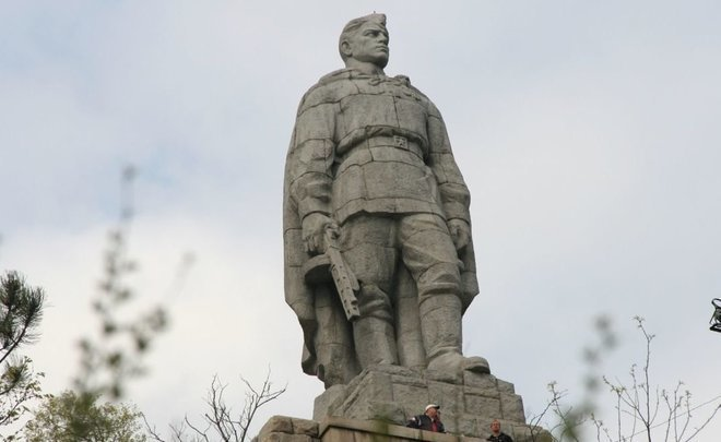 From acceptance to negation: how Soviet war memorials are treated in Europe