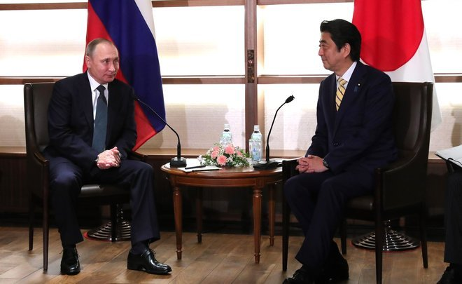 ''What Putin hinted at when presenting a samovar of the 19th century to Japanese Prime Minister is anybody's guess''