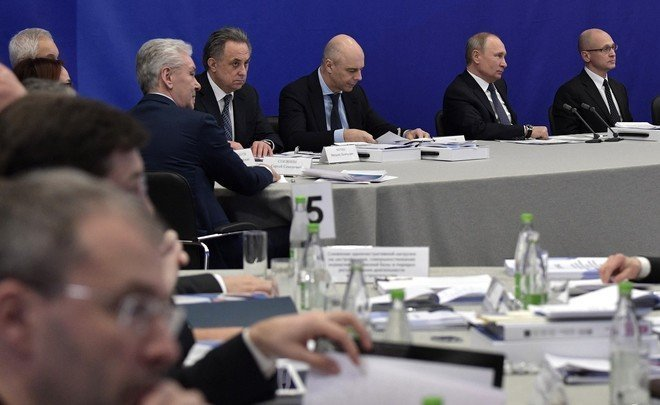 Conclusions of closed meeting with Putin: housing development, Tatarstan cosmodrome and battery collection