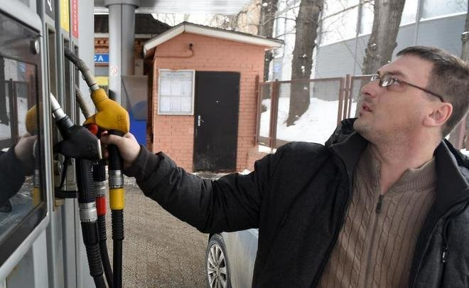 ''Frozen fuel prices mean additional losses, almost everybody is working at a loss now''