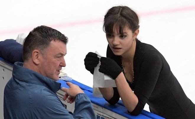 Orser wanted and 'broke down': Medvedeva might go down to 'low division' after Russian Championship