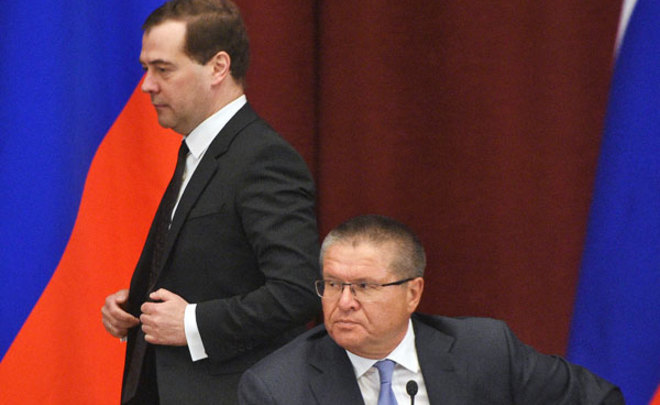 'Ulyukayev's arrest is a terrible blow to career prospects of Dmitry Medvedev'