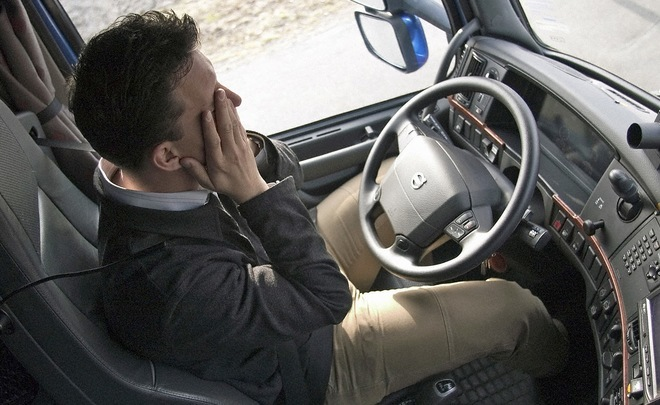 ''Don't sleep, you may die!'' Drivers who fall asleep at the wheel to be treated in Tatarstan