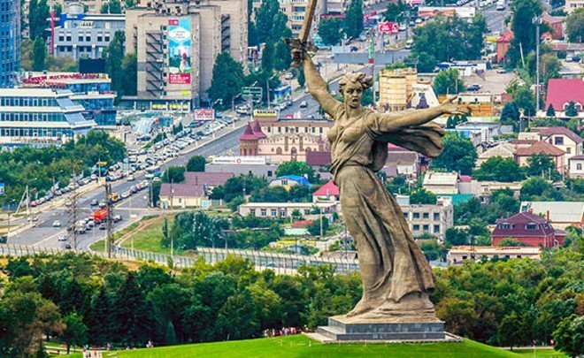 Volgograd: 'Stalin city', Motherland Calls and Soviet cuisine dishes in restaurants
