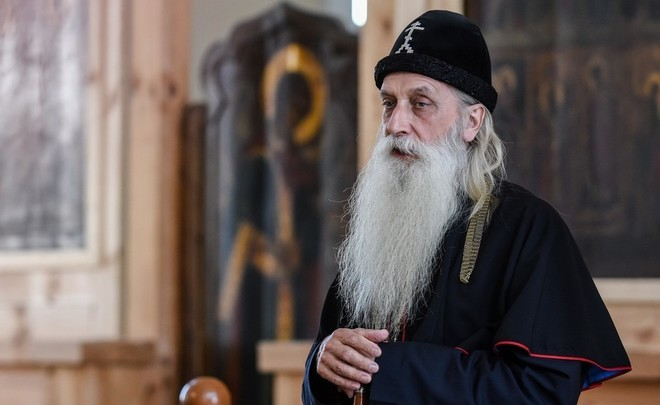 Metropolitan Korniliy: ''Indeed, the dove flew from the bell tower right under Putin's feet...''
