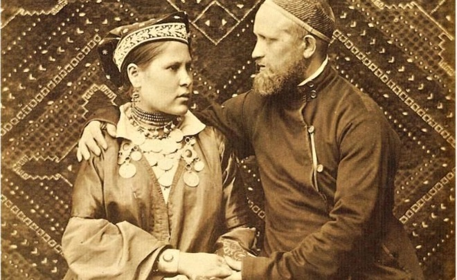 Mixed marriages 100 years ago: blind marriages, class-ethnic contradictions and Soviet assimilation