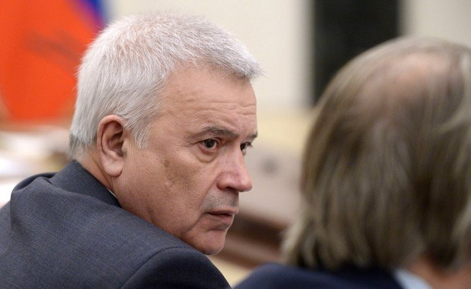 Lukoil CEO on output cuts: ''I believe no timeframes are needed''