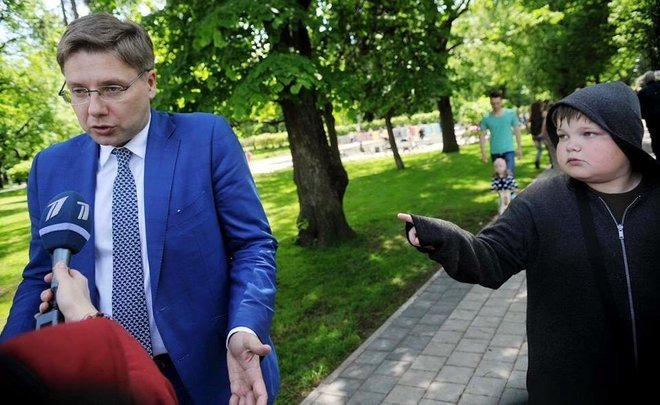 ''Russian'' Mayor of Riga: language laws ''breaker'', cat-lover and supporter of ''eurosabantuy''