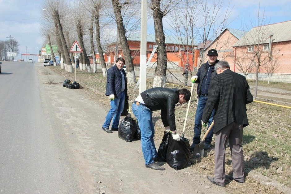Saturday clean-up on future Shaimiyev Street, 14 March 2015