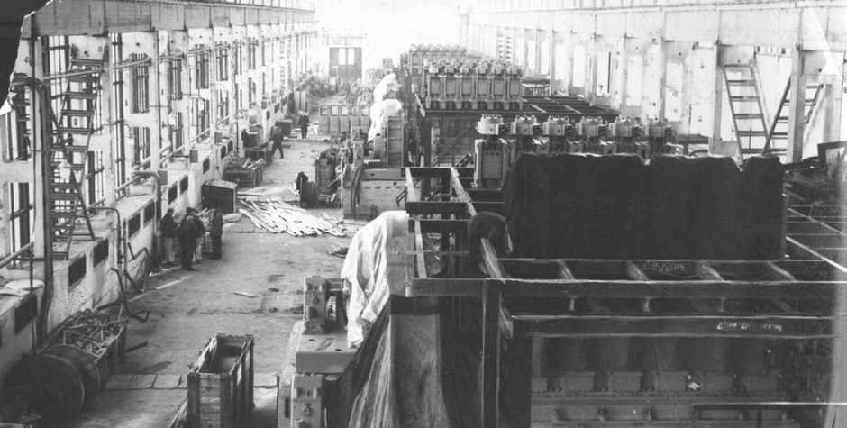 Compressor equipment assembly in high-density polyethylene plant, 1968.